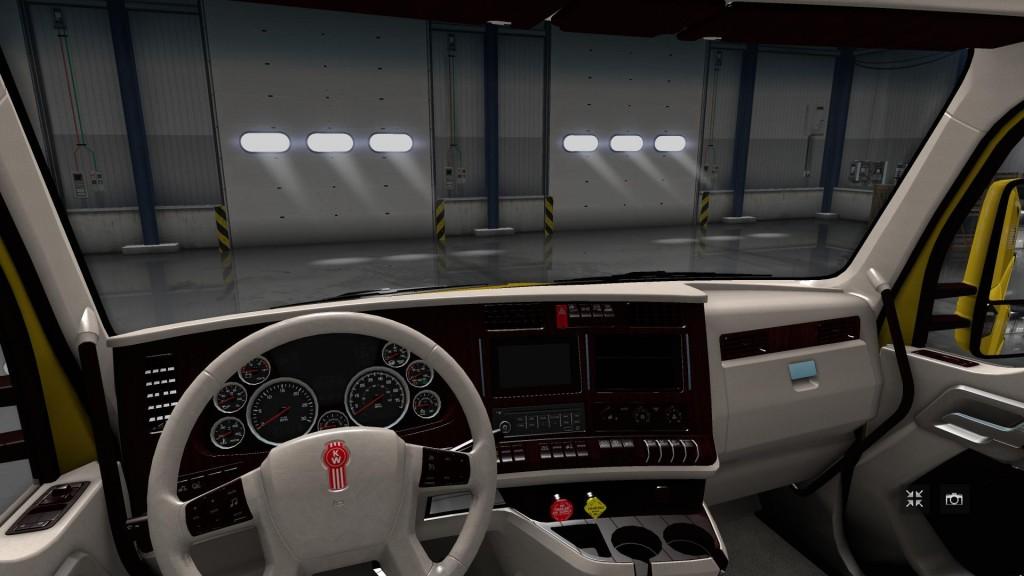 kenworth-t680-white-lux-interior_1.png