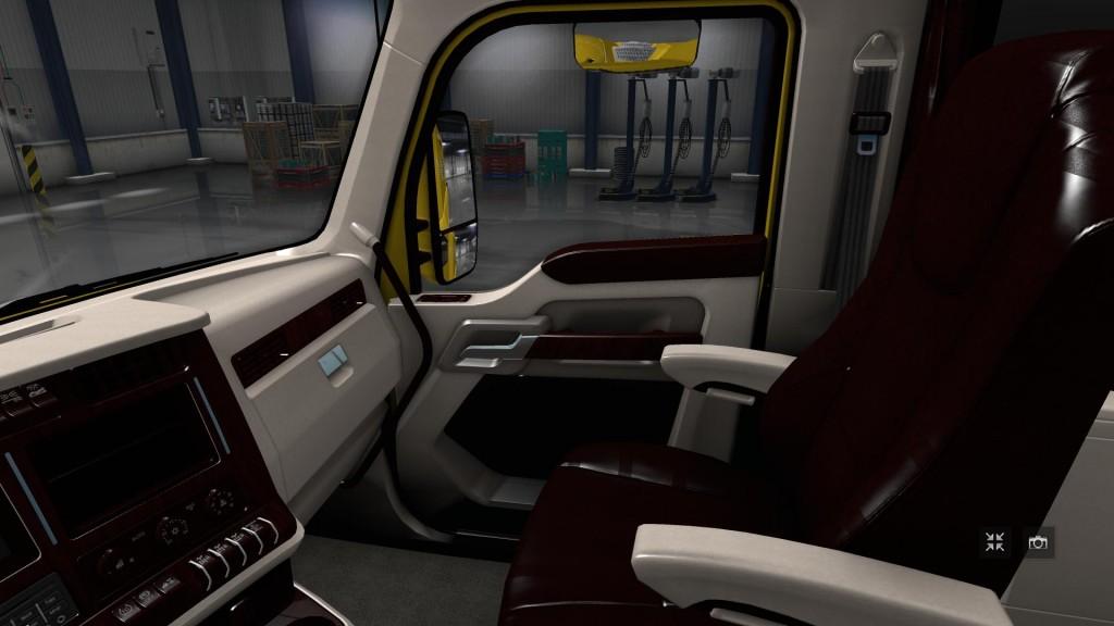 kenworth-t680-white-lux-interior_3.png