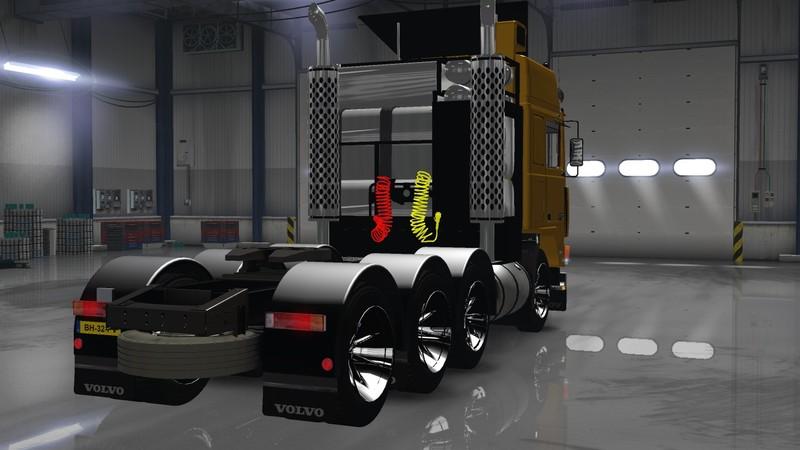 volvo-f10-8×4-heavy-transporter
