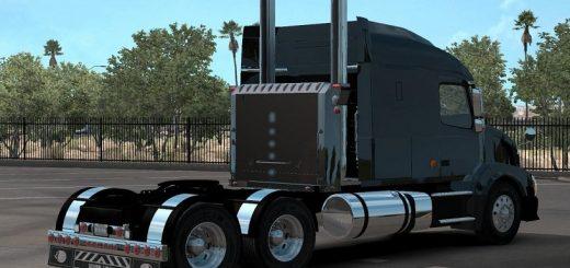 custom-vnl-truck-shop-1-35_2_3232Z.jpg